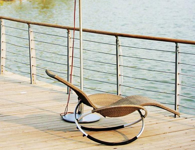 صندلی راکینگ باغی