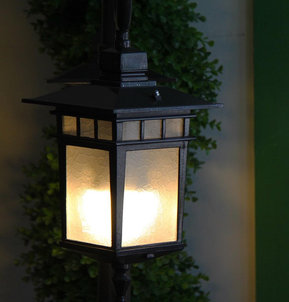 لامپ و چراغ باغی